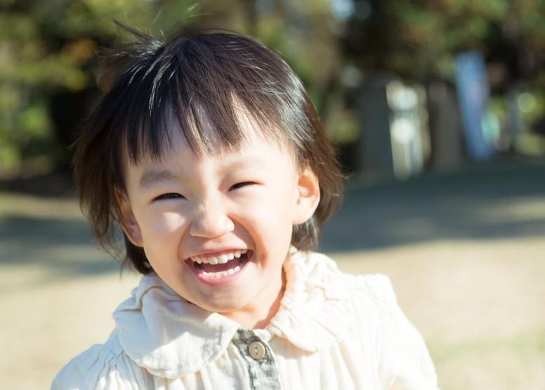 ▲▼孩子快樂成長。(圖/pakutaso.com)