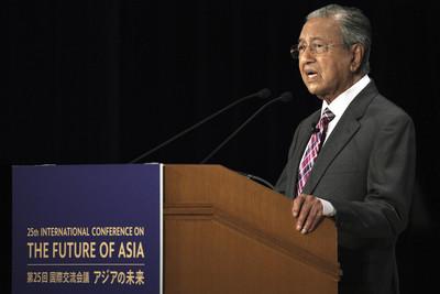 大馬首相尊崇的印度通緝犯 竟揚言驅逐華裔