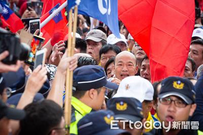 陷入集體政治躁鬱症的台灣