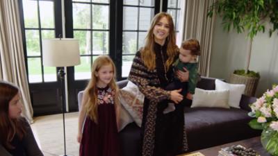 潔西卡艾芭帶三個小孩公開新家!網大讚:有本錢卻不炫富的名人