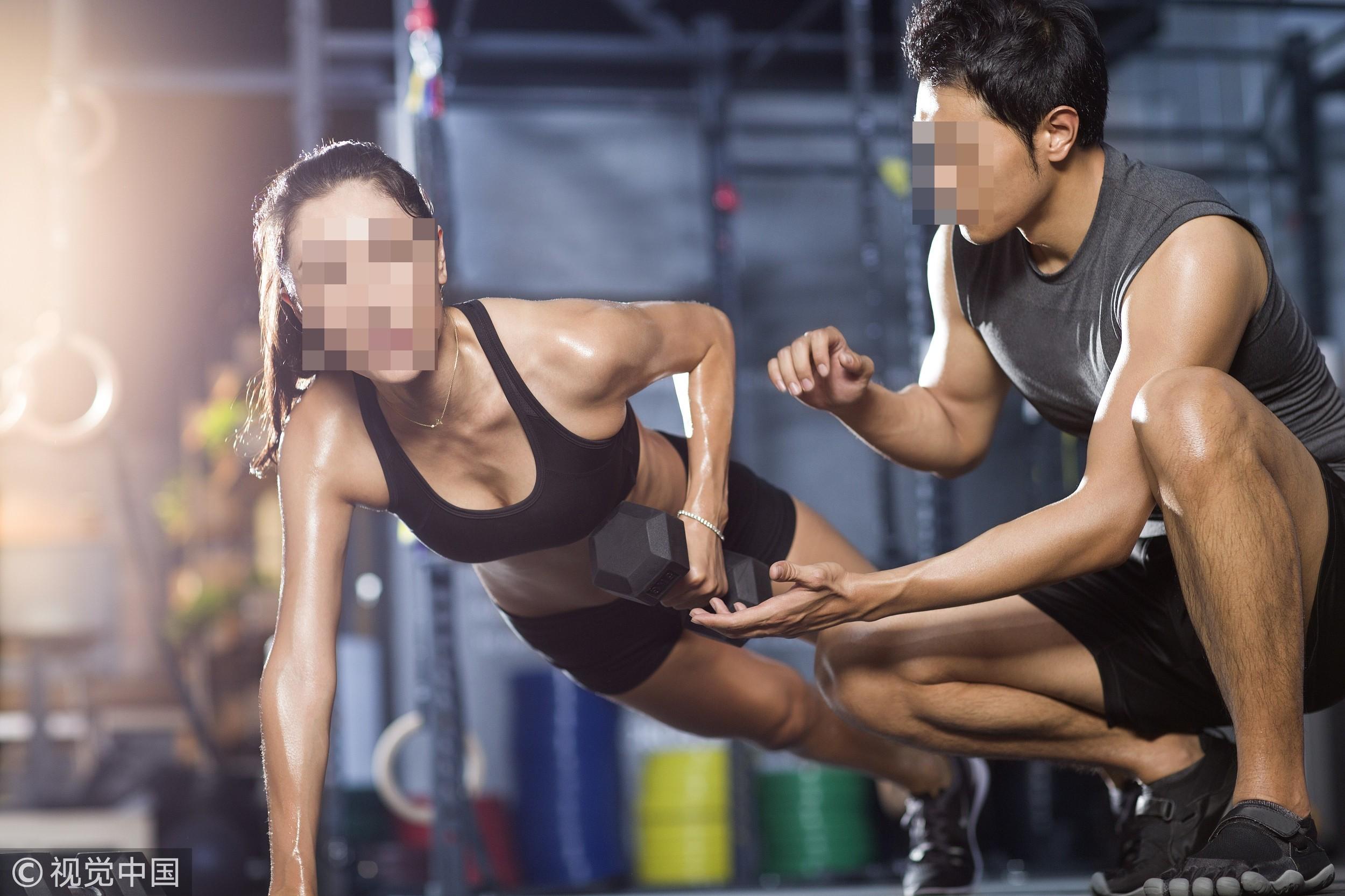 ▲運動,健身,教練,運動內衣,啞鈴,流汗,正妹示意圖。(圖/CFP)