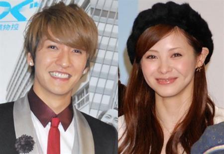 橘慶太(左)與松浦亞彌(右)8月公開註冊結婚。(圖/取自網路圖)