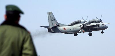 印13人運輸機 喜馬拉雅山腳失蹤
