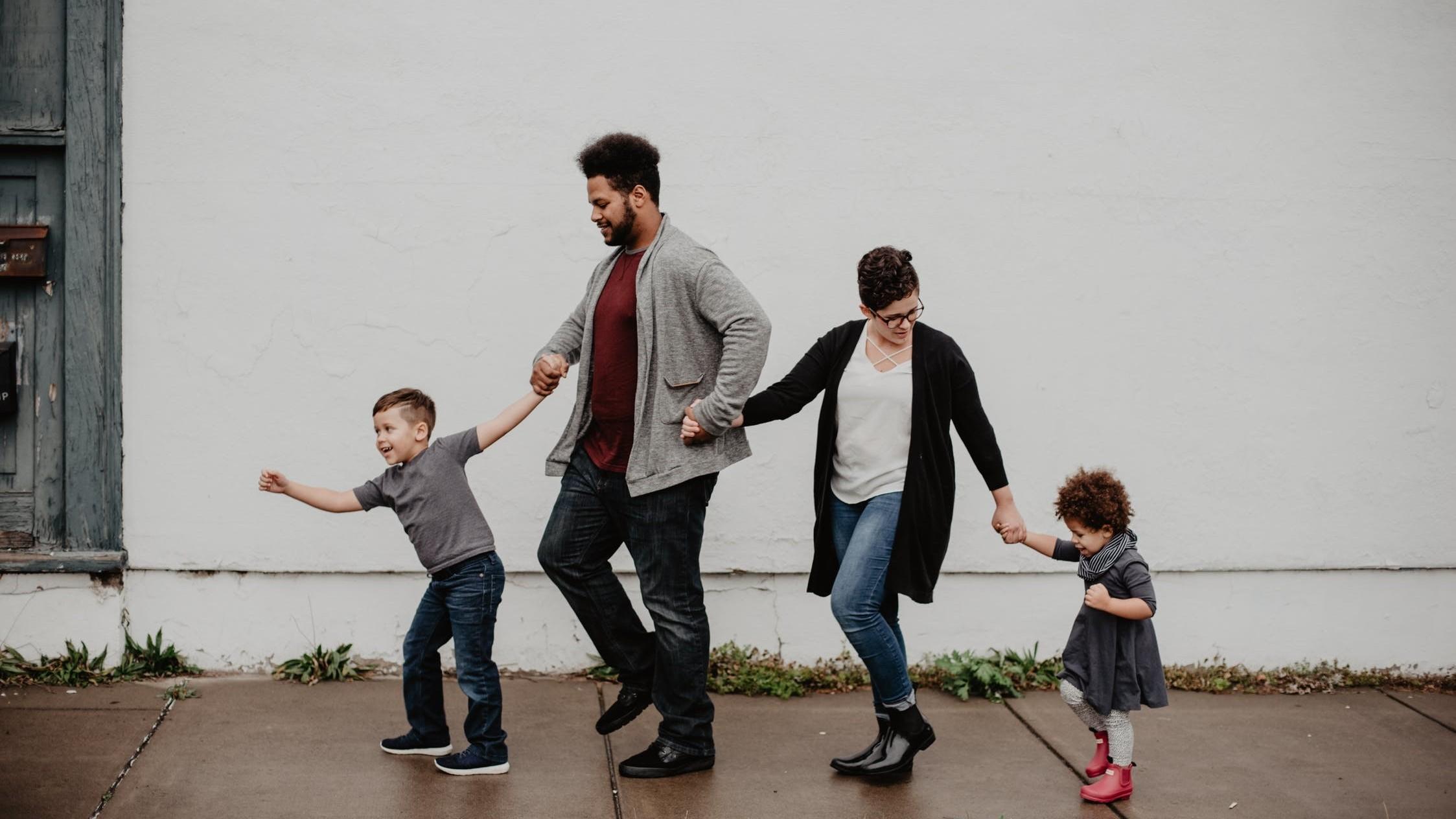 ▲▼婚姻,家庭,岳父,錢。(圖/取自免費圖庫Pexels)
