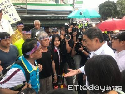 花蓮居民抗議建水泥窯燒1萬5,000公噸垃圾 台泥董座張安平宣布打開和平工廠大門