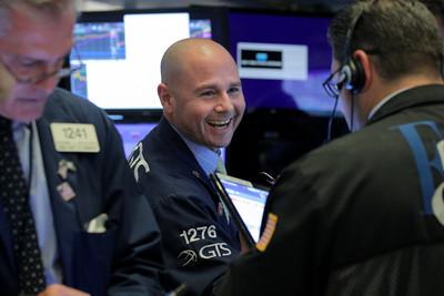 投資人預期Fed降息機率大 美股走升