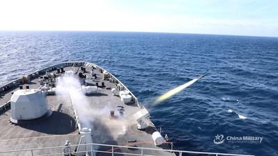 解放軍在南海展開5天軍事訓練
