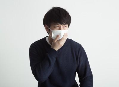 口罩別脫了又戴回去! 預防流感「脫口罩」比戴口罩還重要