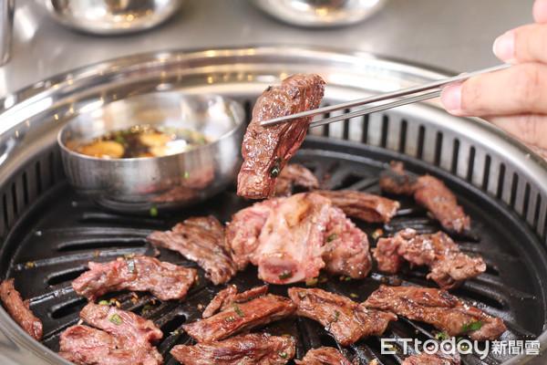站著享用美味橫膈膜 盤點4家來自韓國的韓式烤肉餐廳 | ETtoday旅