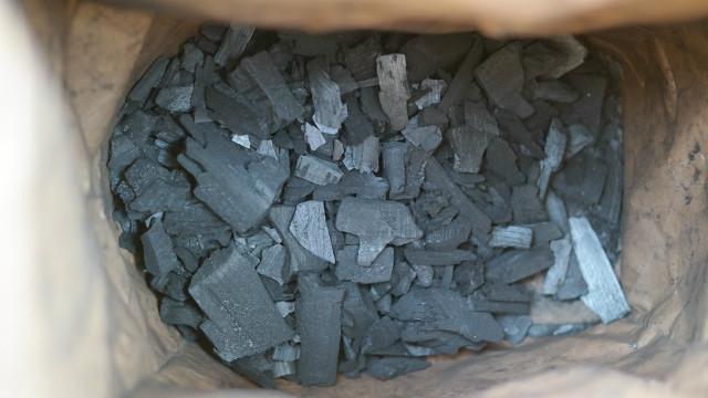 ▲▼竹炭,炭。(圖/取自免費圖庫pixabay)