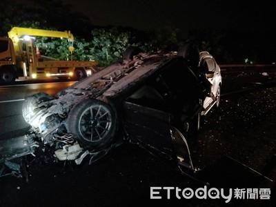 國道3號南下龍崎段 5車追撞5人受傷