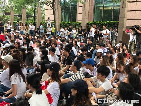 教長潘文忠挺反送中 籲實踐「自由、民主、同理」公民課題