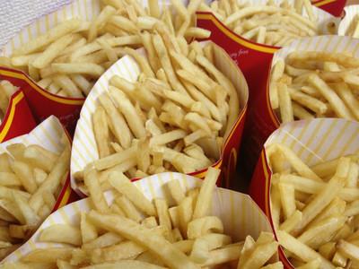 抑制食欲的好方法,就是狂看食物照?