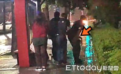 匪10秒開槍警怒吼 路過女崩潰跪地爬