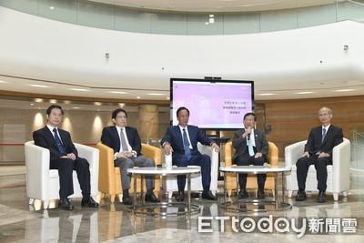 影/台大癌症醫院捐贈簽約延宕 郭台銘批:行政效率低落