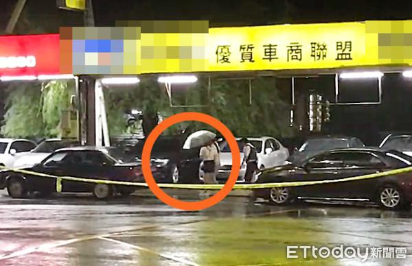 快訊/歹徒疑持M4A1步槍!2短裙女子步入現場 9人質全員獲釋
