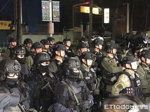 除暴特勤隊警力曝光!3大隊警力「緊盯」桃園車行案 2嫌槍枝全繳械
