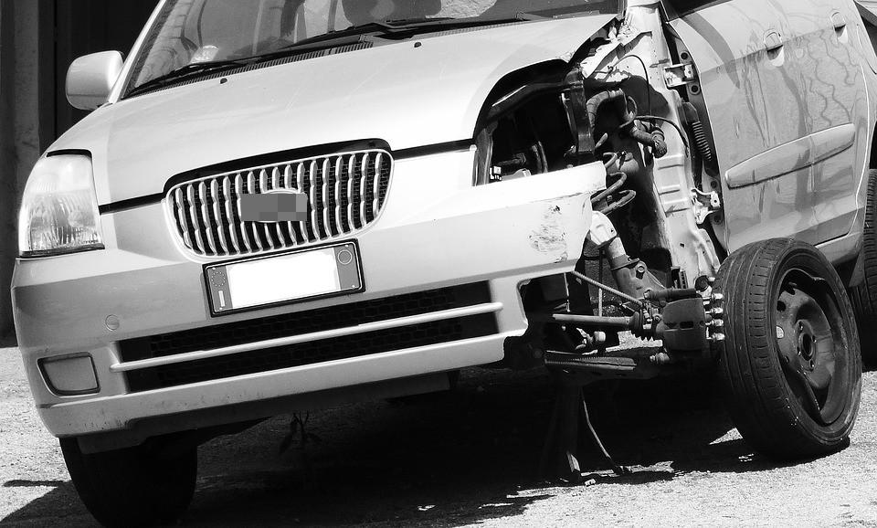 ▲▼車禍。(示意圖/取自免費圖庫Pixabay)