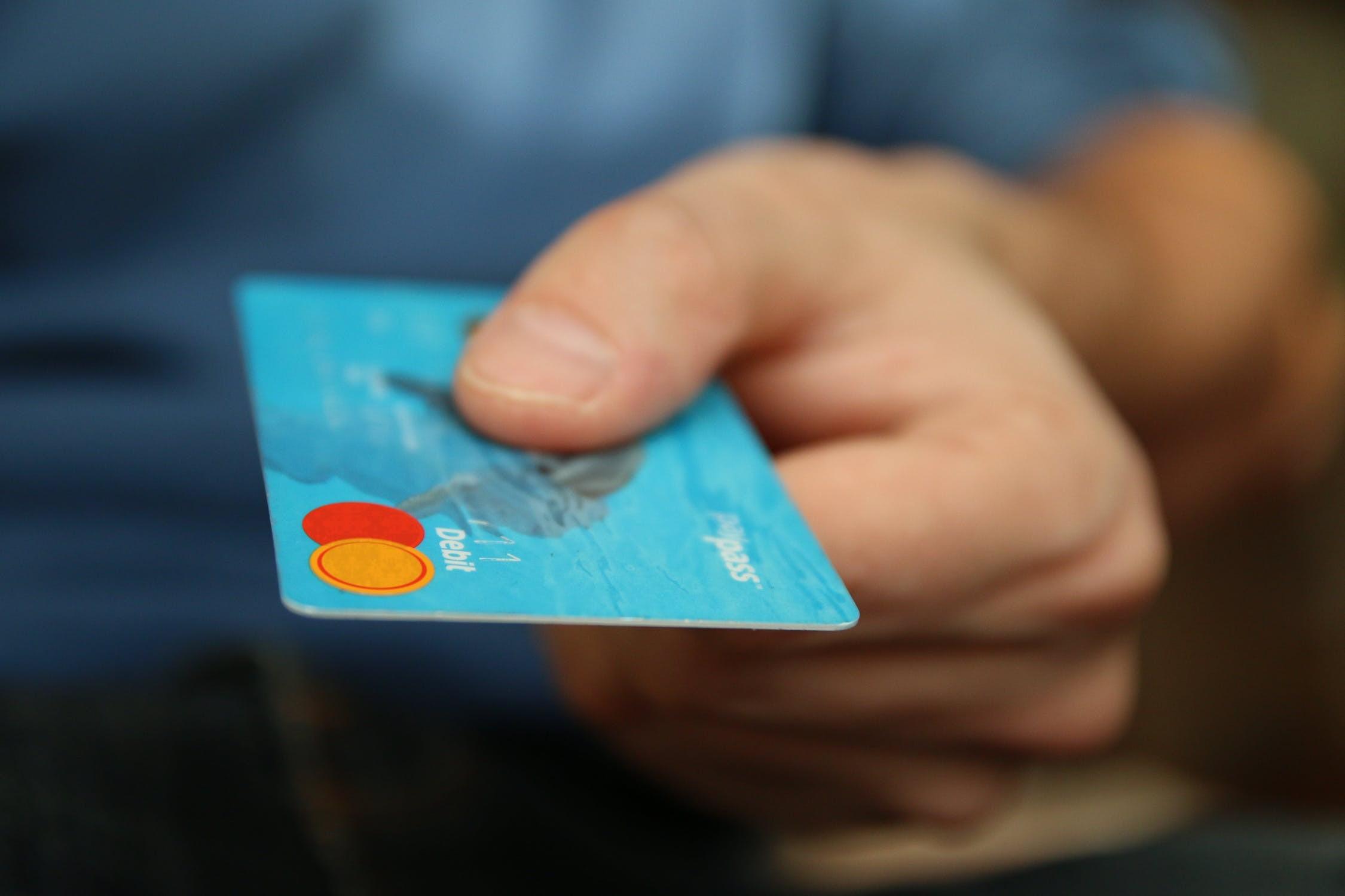 ▲▼理財,股票,錢,信用卡。(圖/取自免費圖庫Pixabay)