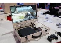 走到哪打到哪!主機+螢幕「手提箱」讓你出門在外都能打PS4
