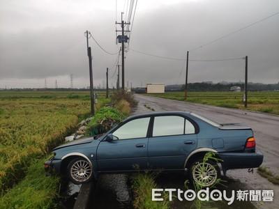 撞車離奇失蹤!4小時後慘死65m水溝