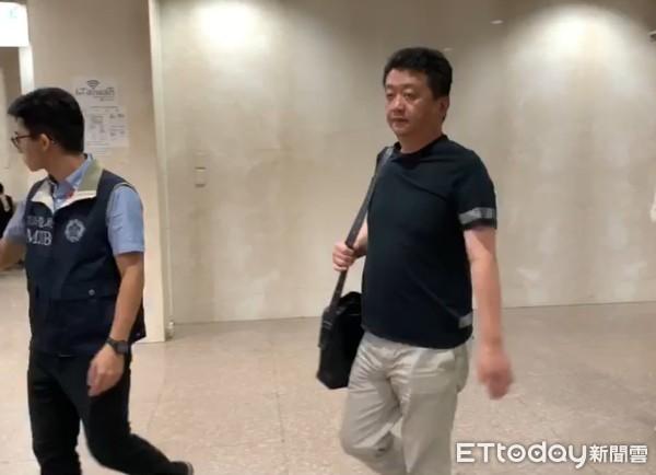 快訊/涉殯葬大亨朱國榮松崗炒股案 名嘴炒手2度傳喚遭聲押