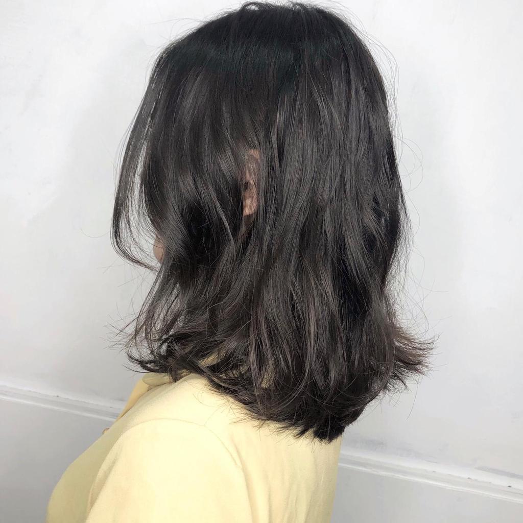 ▲KPOP偶像李遐怡回歸!黑茶中長髮女人味爆發。(圖/StyleMap提供)
