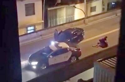 警逼停拒檢逃逸車 大外割壓制駕駛、猛踹後座男