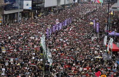 不滿「以拖代變」 香港學生號召17日發動「三罷」