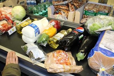 嬤超市偷昆布 掰把錢花掉很浪費