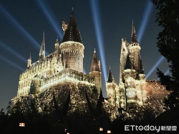 5週年限定!日本環球影城必看全新「霍格華茲魔法光雕秀」只到11月