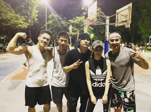 ▲▼捕獲野生昆凌、周杰倫打籃球!(圖/翻攝自Instagram/jaychou)