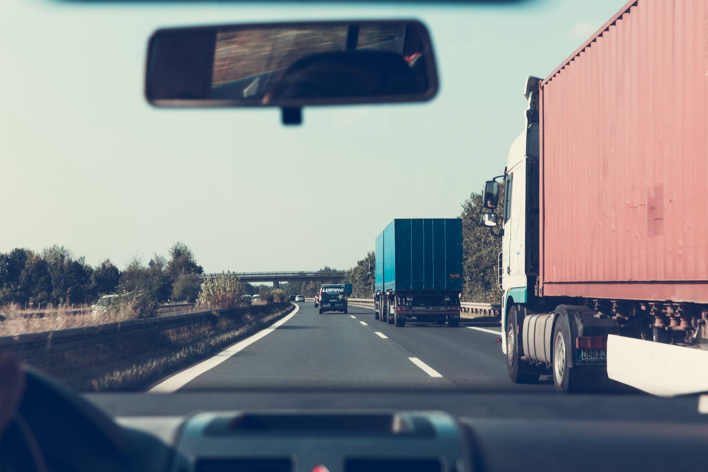 ▲▼卡車,貨車。(圖/取自免費圖庫Pixabay)