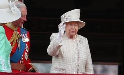英女王93歲生日,路易斯小王子初體驗