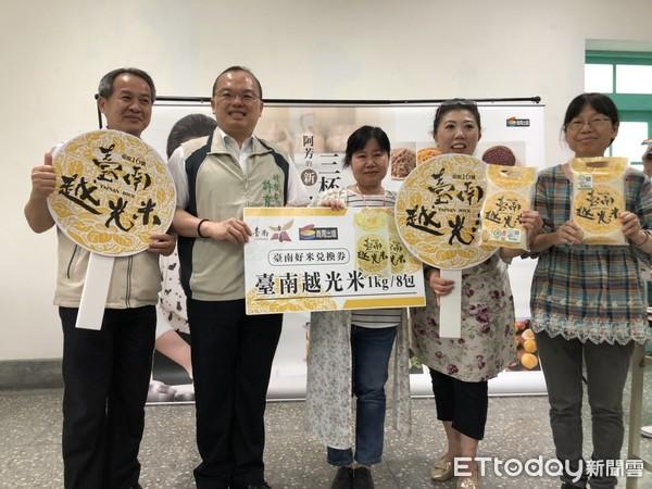 美食專家蔡季芳台南場新書分享會 許育典推台南越光米