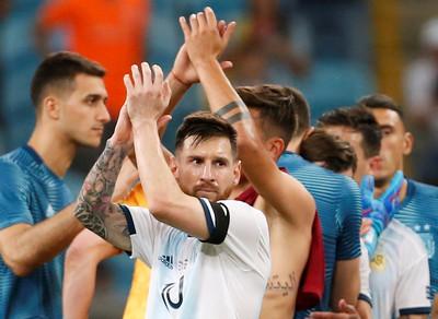 梅西迎32歲生日 阿根廷2比0晉8強