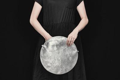 拿著月亮跑趴 陰晴圓缺由你決定