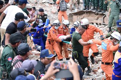 大樓倒塌28死 柬埔寨要查中資建築