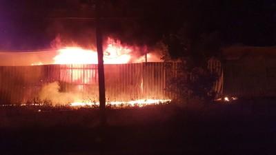暗夜大火 宜蘭資源回收場陷火海
