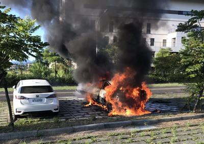 宜蘭陽醫附近火燒車 警調查原因
