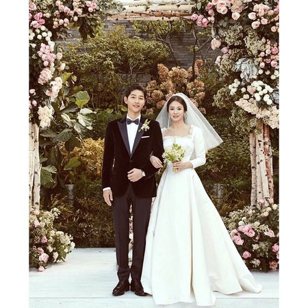 ▲宋仲基、宋慧喬目前已申請離婚。(圖/翻攝自Instagram/kyo1122)