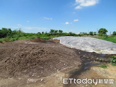 農民用禽畜糞便作堆肥…臭啊!