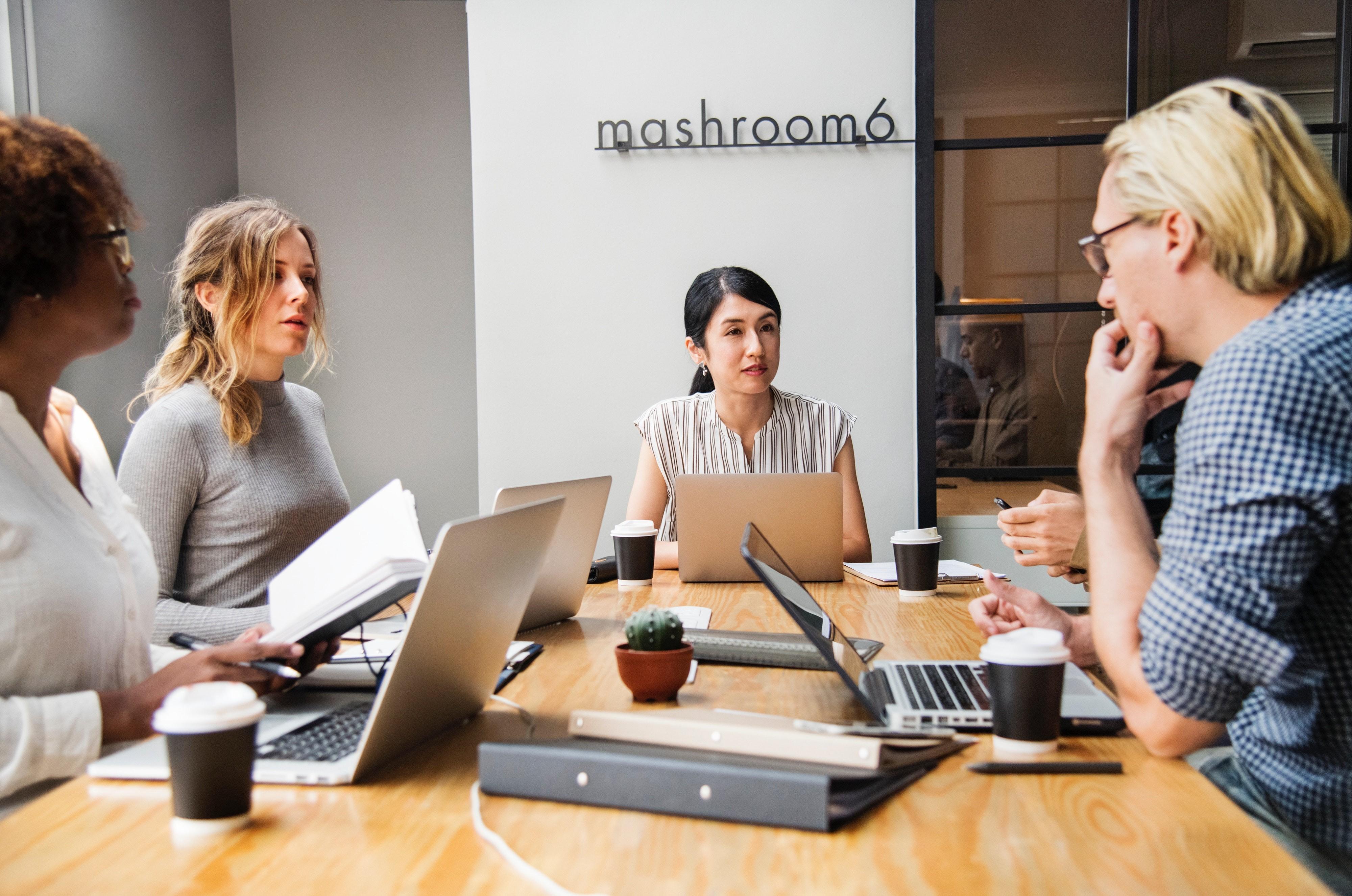 ▲開會,會議,主管,商業,辦公室,職場,工作。(圖/取自免費圖庫Pexels)
