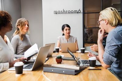 出社會的前兩份工作 型塑你對職場80%的認知