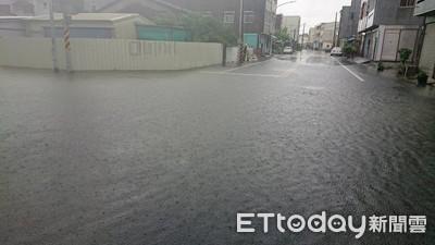 台南下營區超大雨 水深15公分1小時內解除