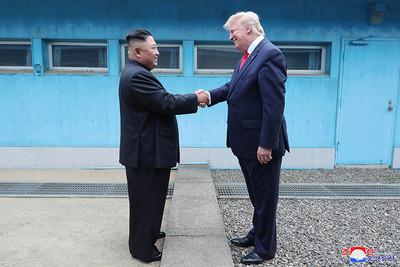 北韓官媒:川金超滿意會談結果