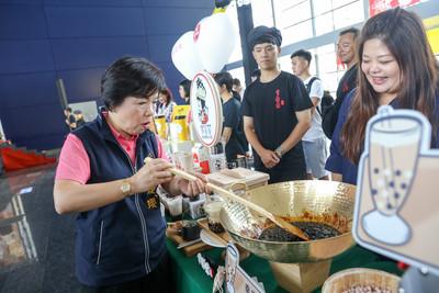 珍珠奶茶年產值3千億 台中辦票選抽機票