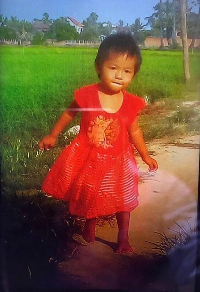 ▲▼2歲女兒跌鱷魚池!慘被啃剩一顆頭 媽自責抱顱骨痛哭。(圖/翻攝自Cambodia News English)https://cne.wtf/2019/06/30/child-killed-in-siem-reap-crocodile-farm/http://www.cen.com.kh/archives/146731.html/national/