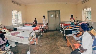 傳教士扮醫師 母控害死百名孩子