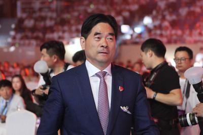 王振華涉嫌猥褻女童 陸官媒轟:嚴懲決不手軟
